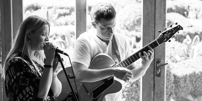 paul-wedding-guitar-2